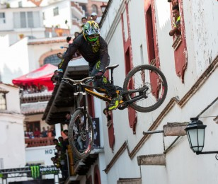 Mitch Ropelato competing in the 2015 Downhill Race in Taxco, Mexico