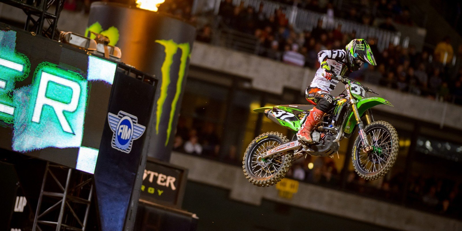 Joey Savatgy competes in the 2016 Supercross season in Oakland