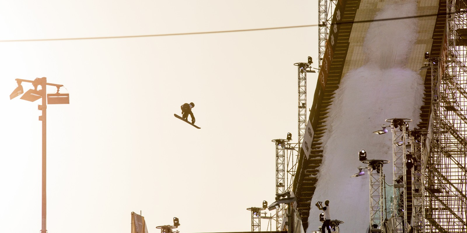 Sven Thorgren competes in the 2016 Air & Style comp.