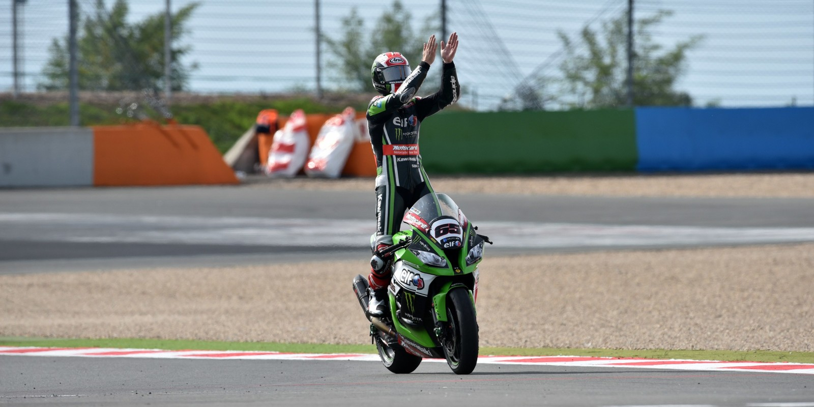 Images of WSB champion Jonny Rea from Magny Cours