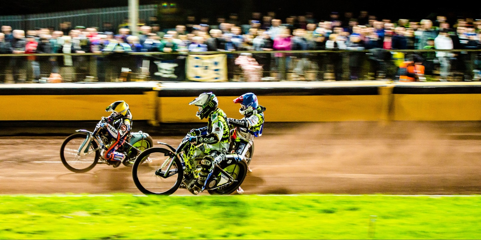 Images from Darcy Ward`s Benefit Race as Team Monster took on Team Magic
