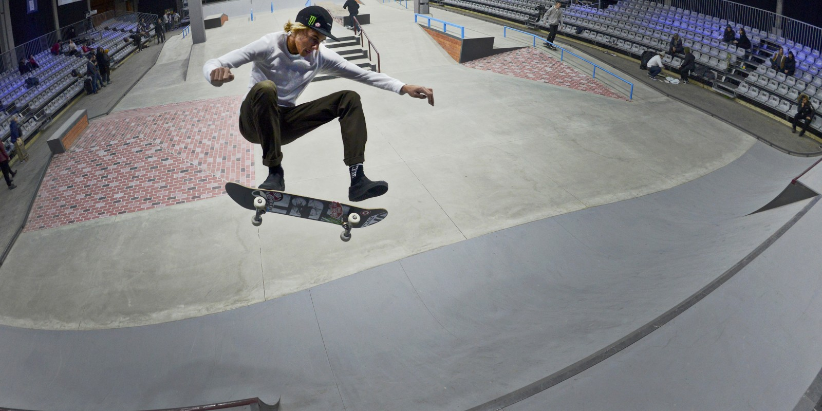 Curren Caples competes in the 2016 Winter X Games in Oslo.