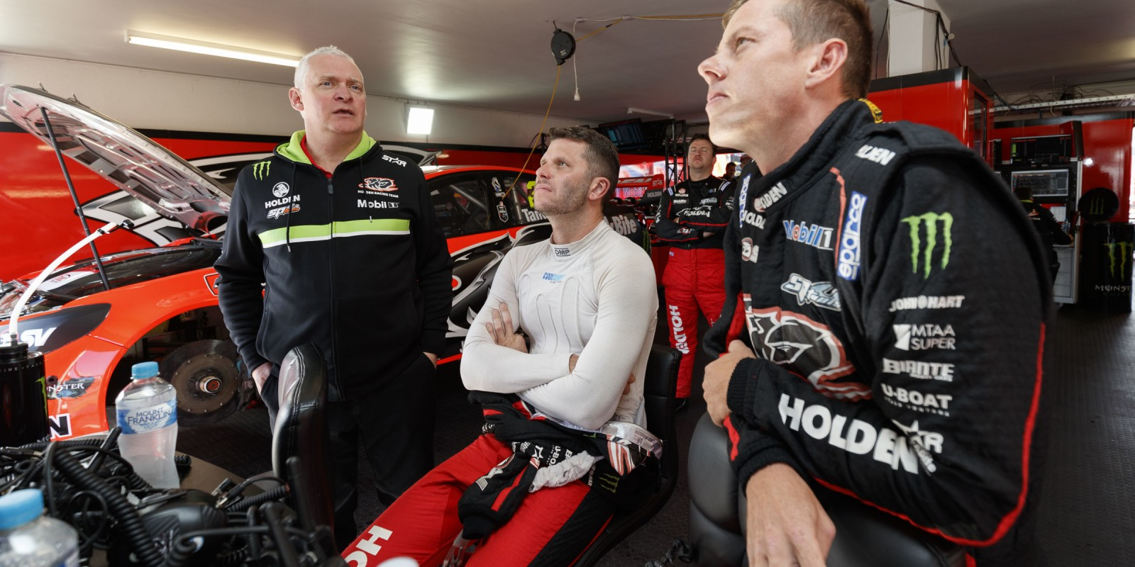 V8 Supercars - Perth 2016 Holden Racing Team - James Courtney and Garth Tander