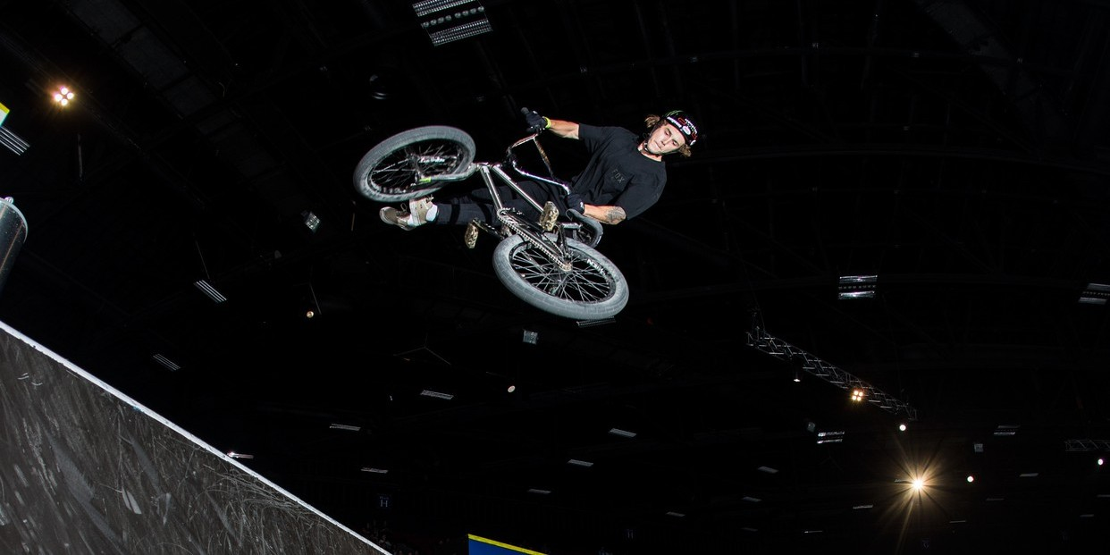 Pat Casey - 360 Double whip fakie