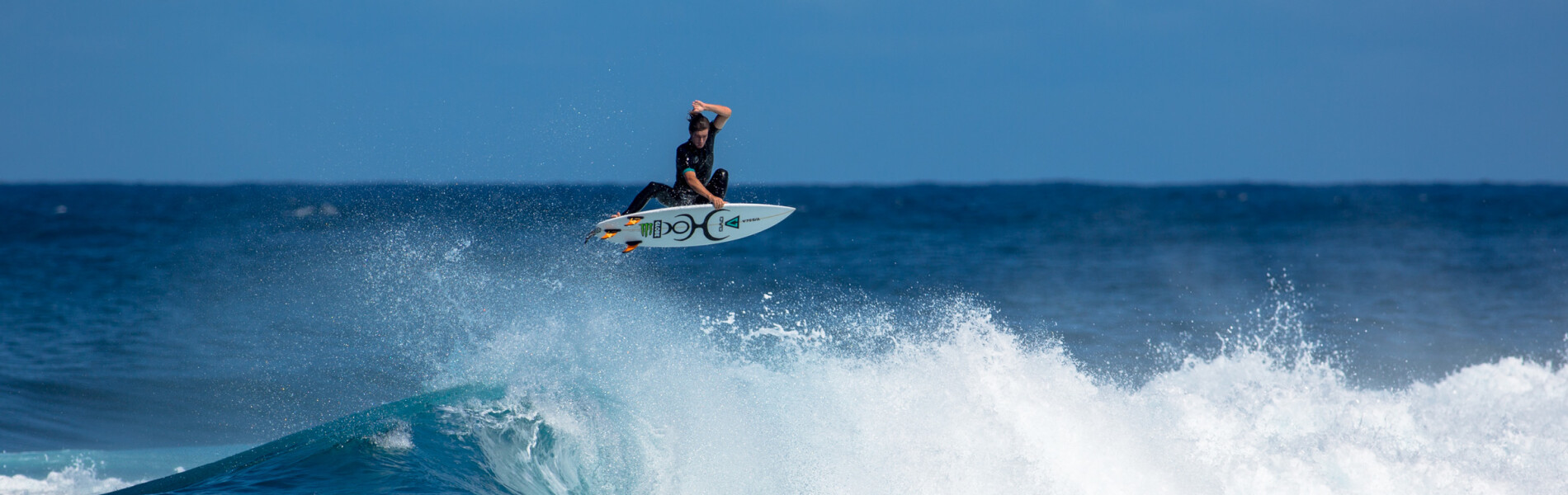 Brendon Gibbens surfing for The Dill & Beeg Project