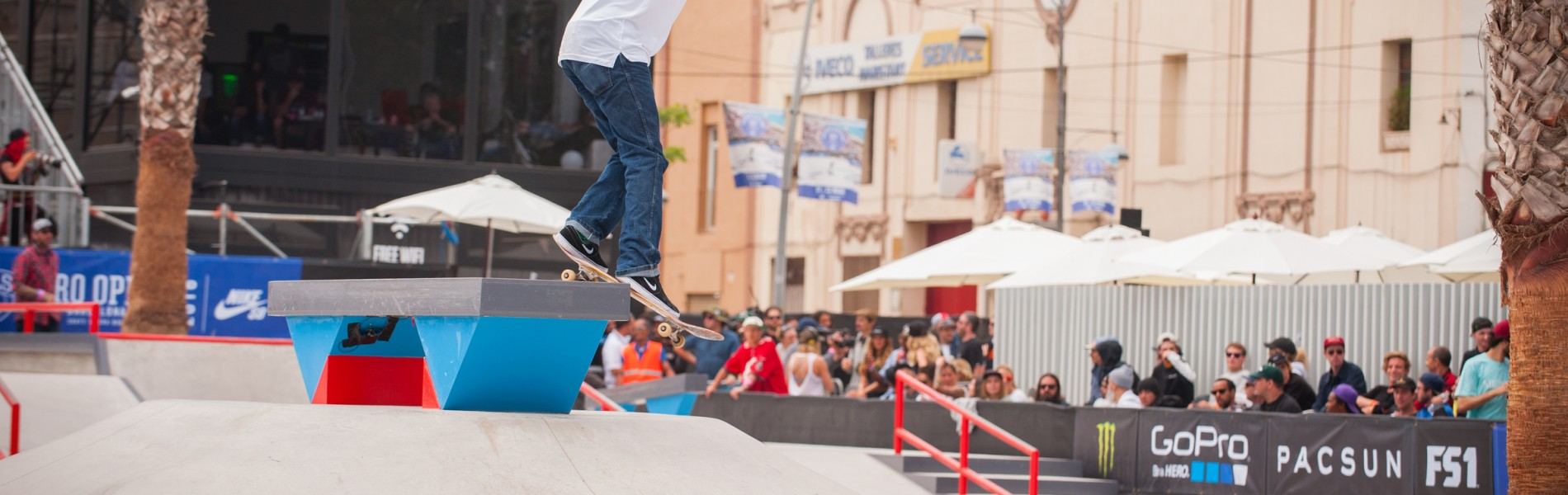 Monster athletes compete in the 2016 Pro Open in Barcelona Spain, Finals , Ishod Wair