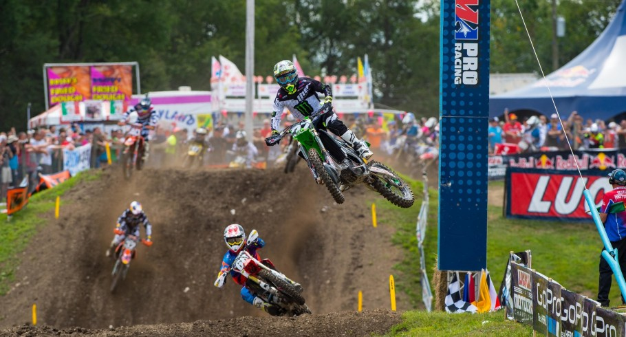 Joey Savatgy competes in the 2015 Unadilla MX race.