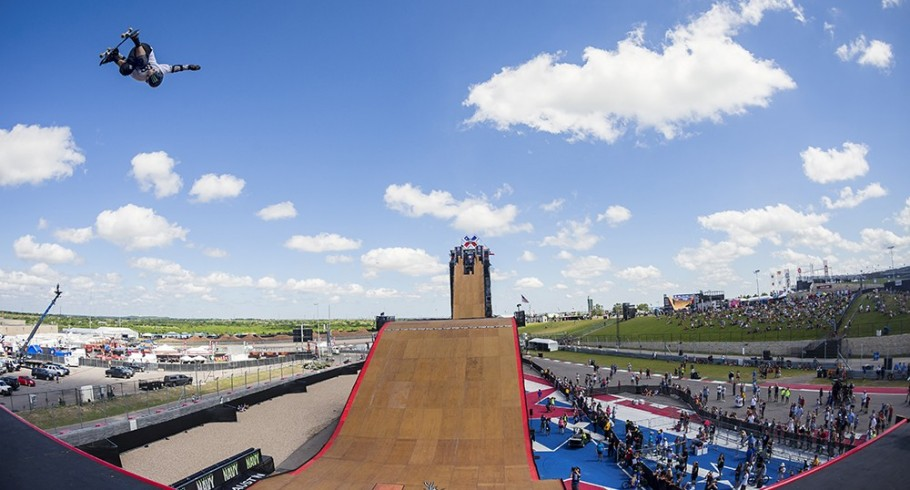 Tom Schaar and Zack Warden compete in the 2015 BMx Big Air Doubles at X-Games.