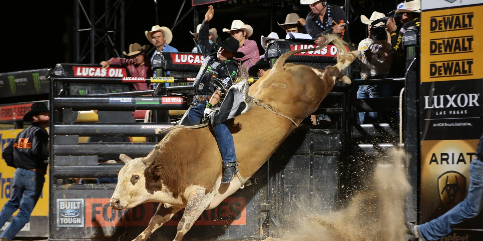 Robson Palermo attempts to ride Holmes/Jackson/Flying S's Red Moon during the second round of Helldorado Days Last Cowboy Standing Built Ford Tough series PBR