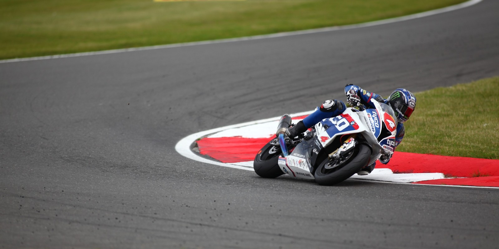 images from British Superbikes Snetterton 2016