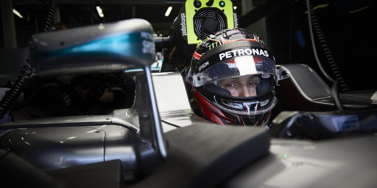 Images from the final in-season F1 test of 2016