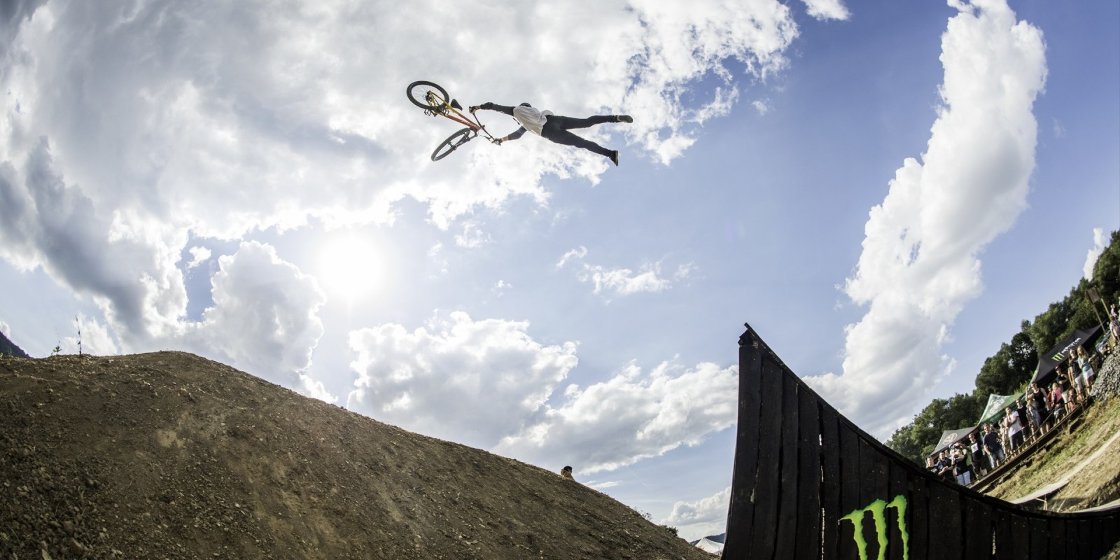 Popular western themed MTB event in Usti nad Labem. FFT SLopestyle.