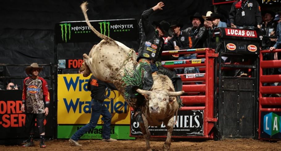 JB Mauney compete in the Western Sports competition.