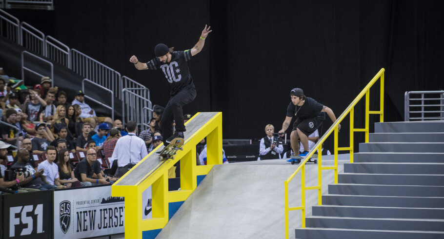 Chris Cole competing at the 2016 Street League Series in Newark, New Jersey