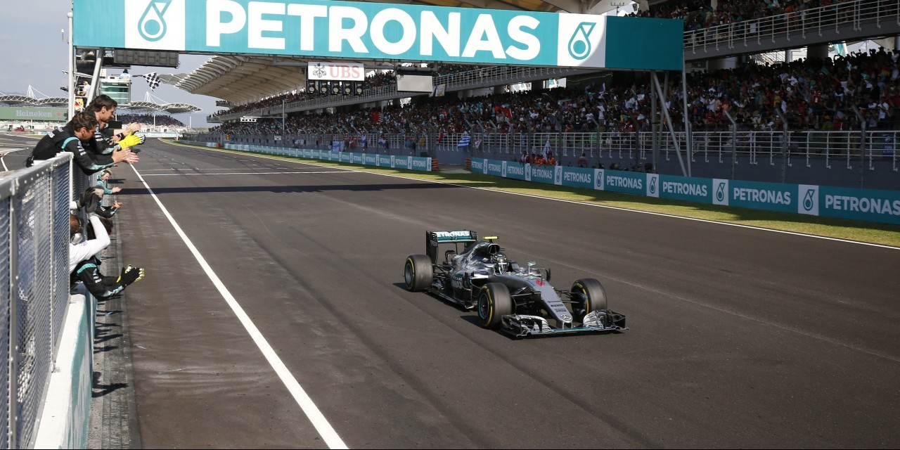 Sunday images from the 2016 Malaysian Grand Prix