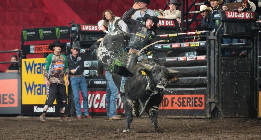 Chase Outlaw attempts to ride Riley/Teague/Becket/Lackey/Lester's Gangster's Wildside during the second round of the Colorado Springs Built Ford Tough Series PBR