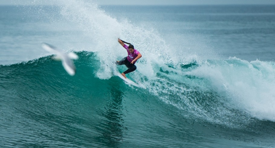 Tyler Wright competes in the 2015 Quiksilver Pro surf Comp.
