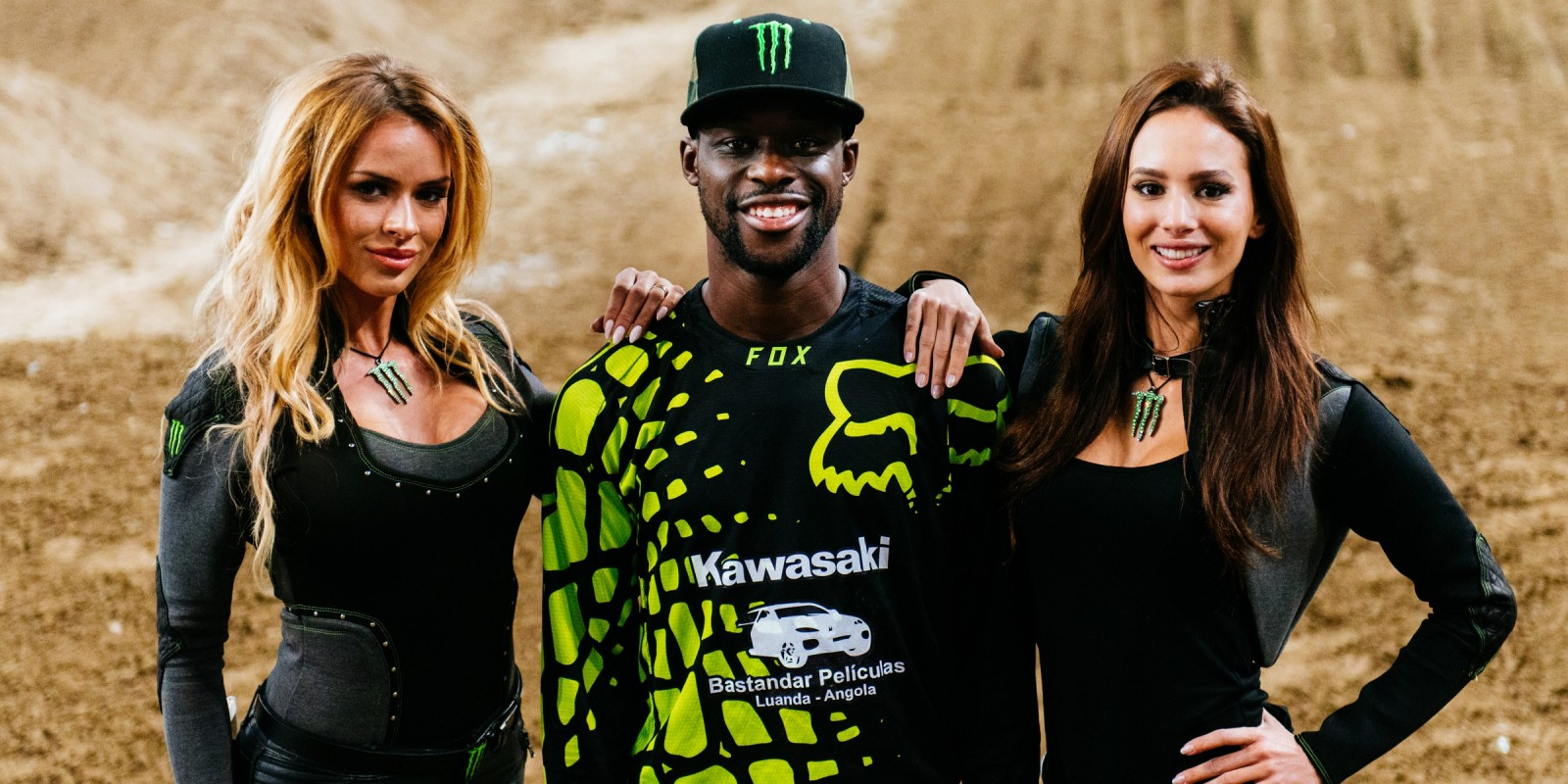 Supercross King of Poland 2016 - Huga Basaula with Monster Girl(s) after the event
