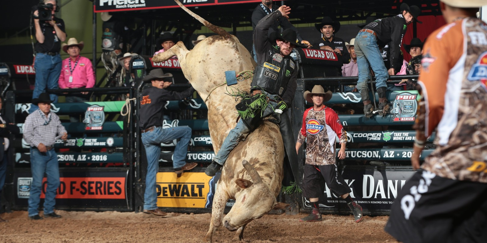 Chase Outlaw rides JD Nix Rodeo Co.'s Pistol Pete for 86.5 during the first round of the Tucson Built Ford Tough series PBR