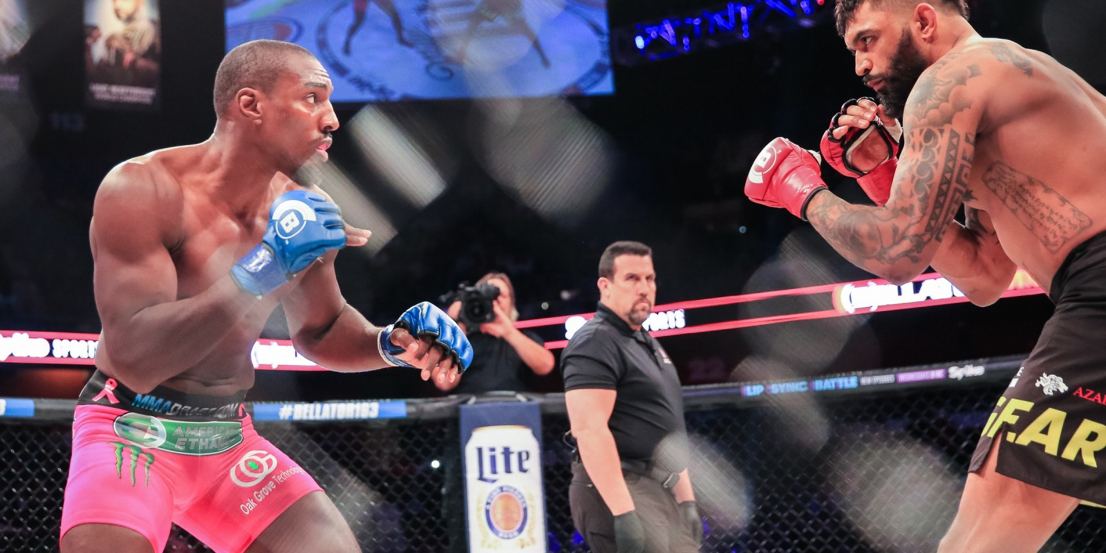 Bellator 163 results: Phil Davis dominates Liam McGeary, takes home light heavyweight title in Uncasville,  Connecticut