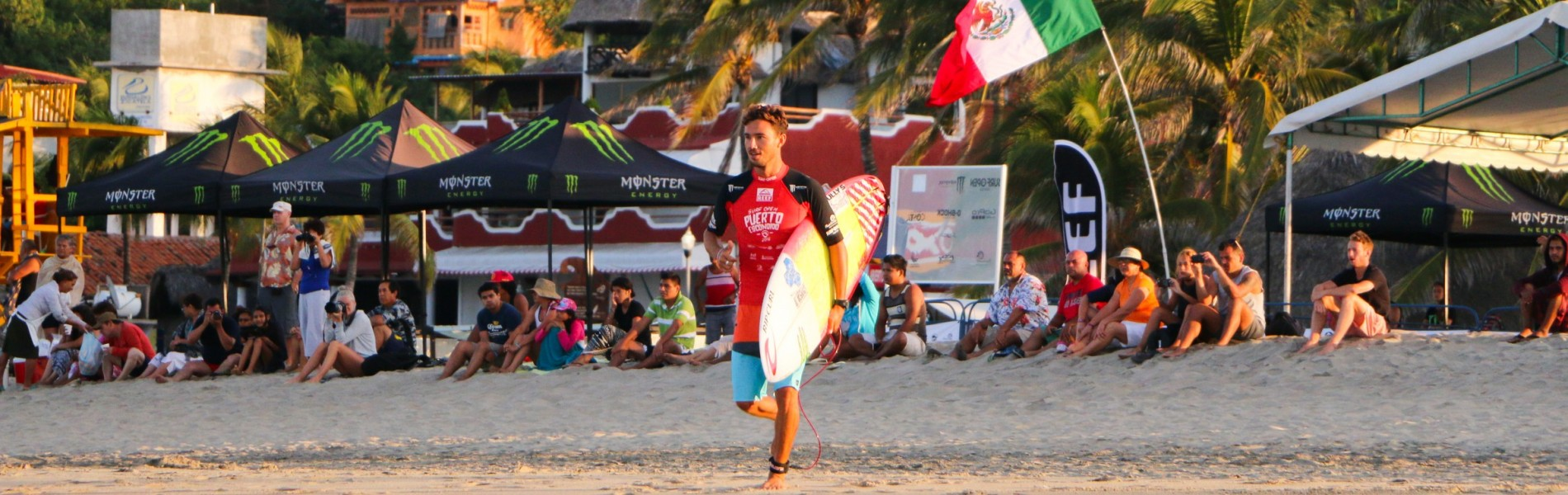 Surf Open League Puerto Esconido, attended by Jose Manuel Trujillo, Angelo Lozano and Jhony Corzo who finished in 3rd place.