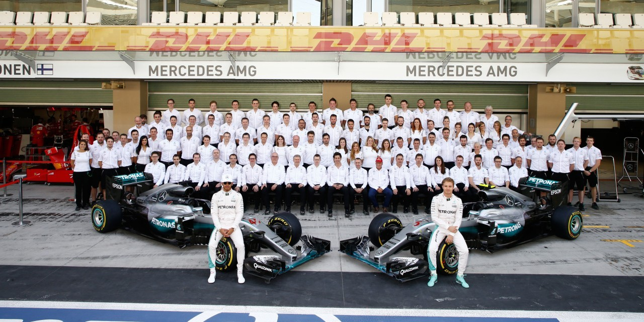 Sunday images from the 2016 Abu Dhabi Grand Prix