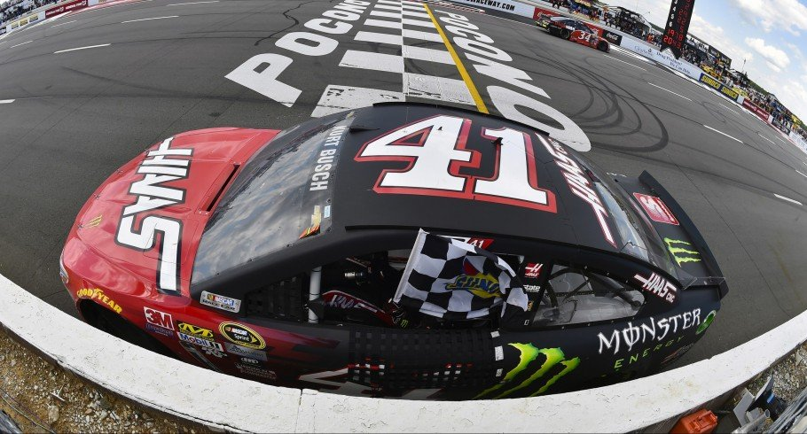 Kurt Busch competes in the 2016 Nascar season in Long Pond, Pennsylvania