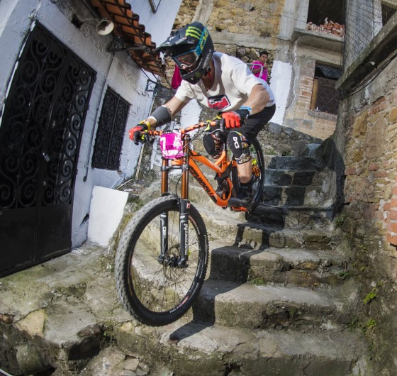 Urban Downhill Race celebrated in Mexico, November 5-6