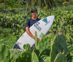 Jhony Corzo at Puerto Escondido, surf session and photoshooting