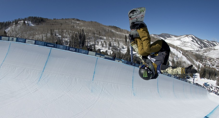 Chloe Kim qualified for first at the US OPEN in Vail, CO