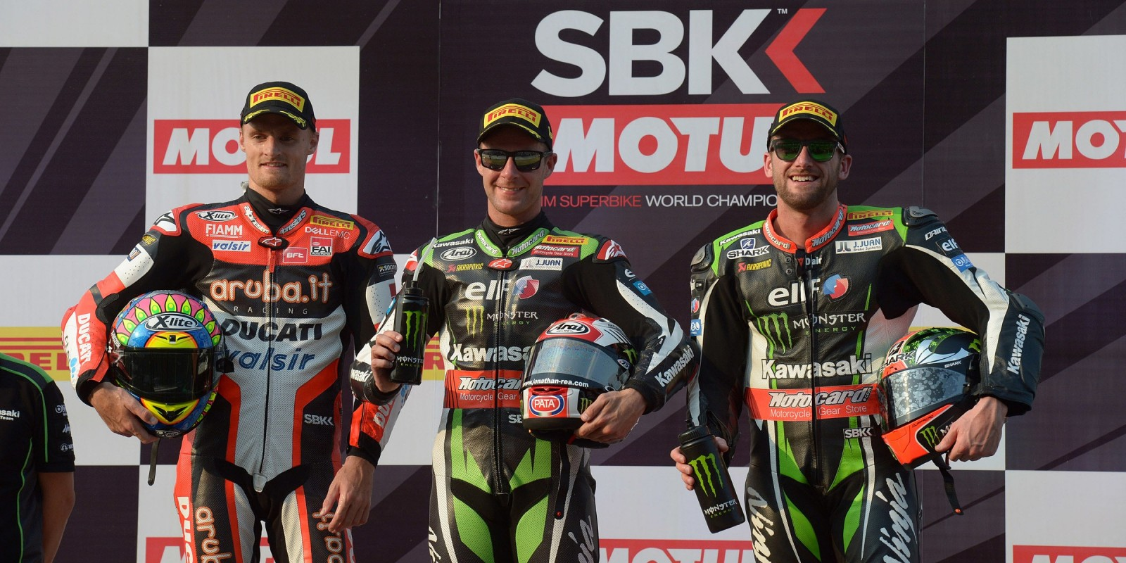 Jonathan Rea and Tom Sykes at the 2017 World Superbike Thai Round