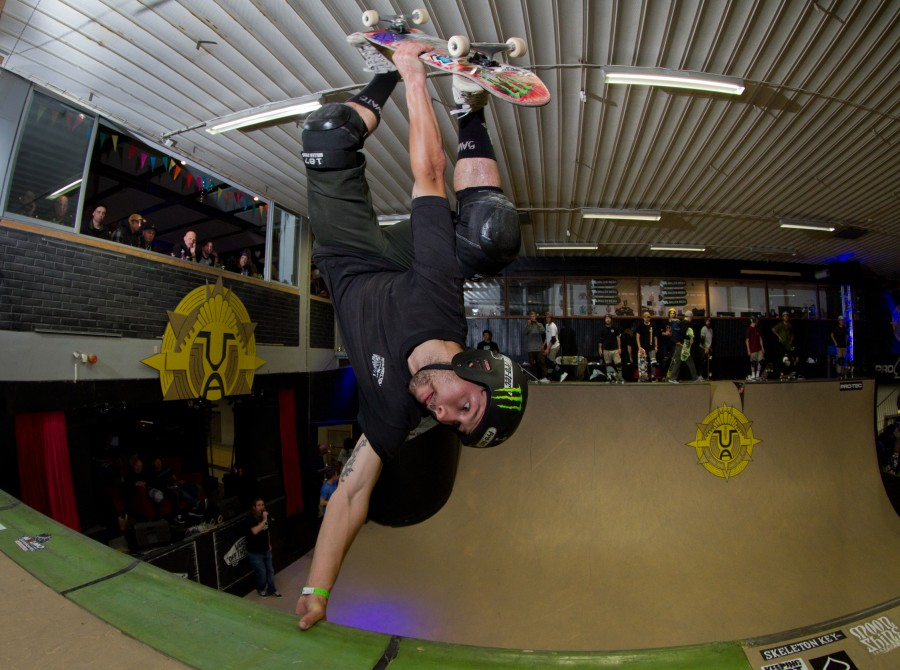 Sam Beckett is prequalified for the 2017 Vert Attack. Sam will be blasting air and planting eggs with @runeglifberg this Friday and Saturday in Malmo, Sweden. Trick - Smith Vert to Fakie