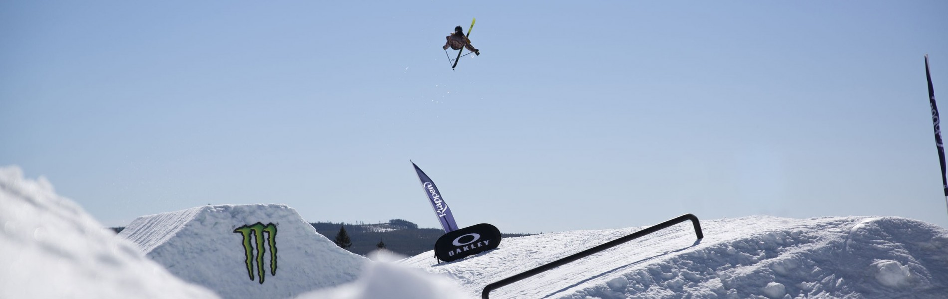 Kimbosessions in kläppen is a media event with ski and snowboard.