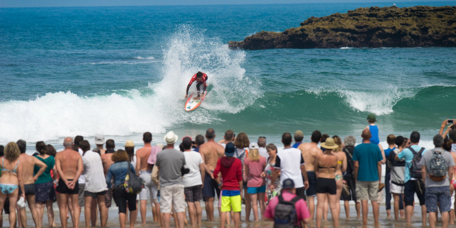 Jhony Corzo crowned Men's ISA World Champion at 2017 ISA World Surfing Games
