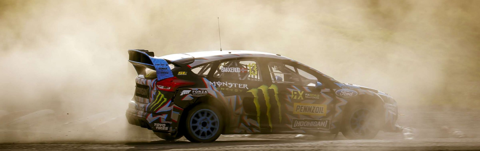 Friday images of Andreas Bakkerud at the 2017 World RX of Norway