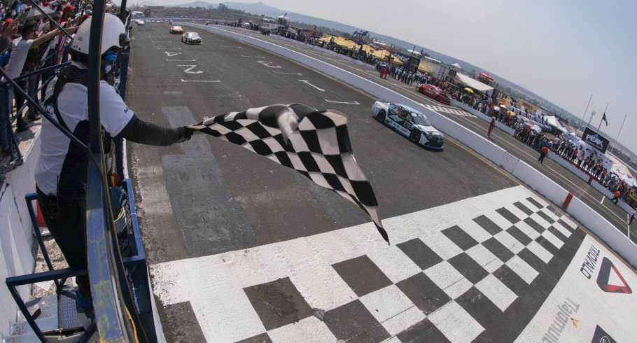 4stop of the Nascar Peak Mexico- Guadalajara