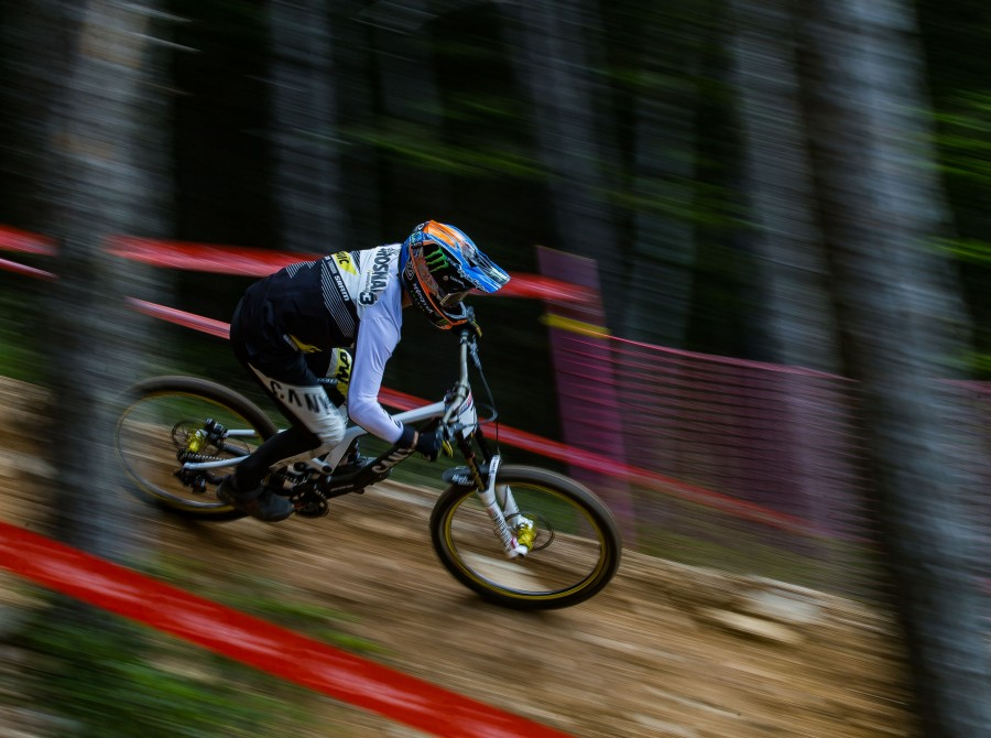 Having made its return to the World Cup circuit in 2016, this Pyrenean venue finds its way on to the calender again for 2017. The high-altitude La Massana Bike Park will see both cross-country and downhill  disciplines race on the same weekend for the fir
