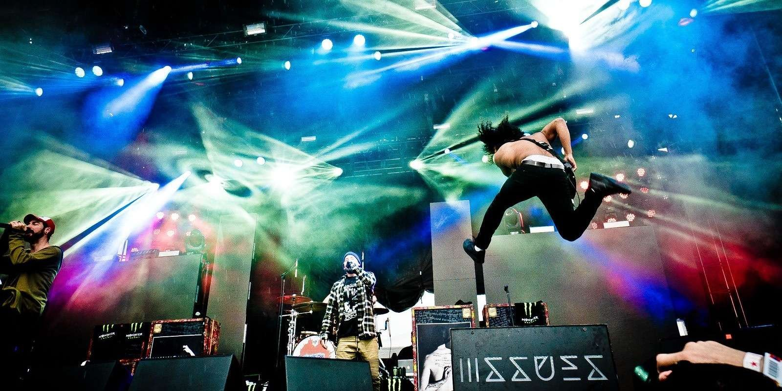 Issues performing live on stage at rock on the range festival with excellent light show