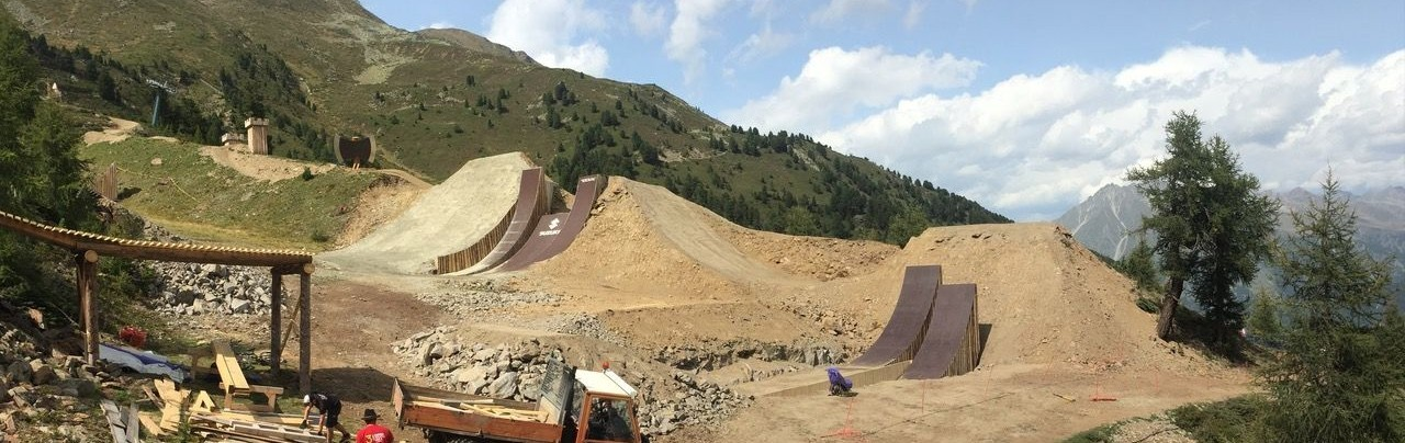 Nine Knights MTB 2017 Course build update.
