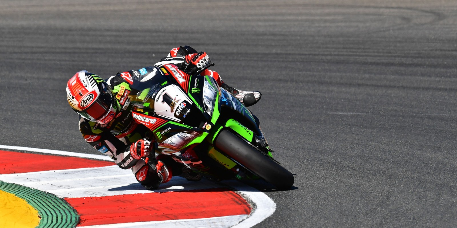 Jonathan Rea at the 2017 World Superbike Portuguese round