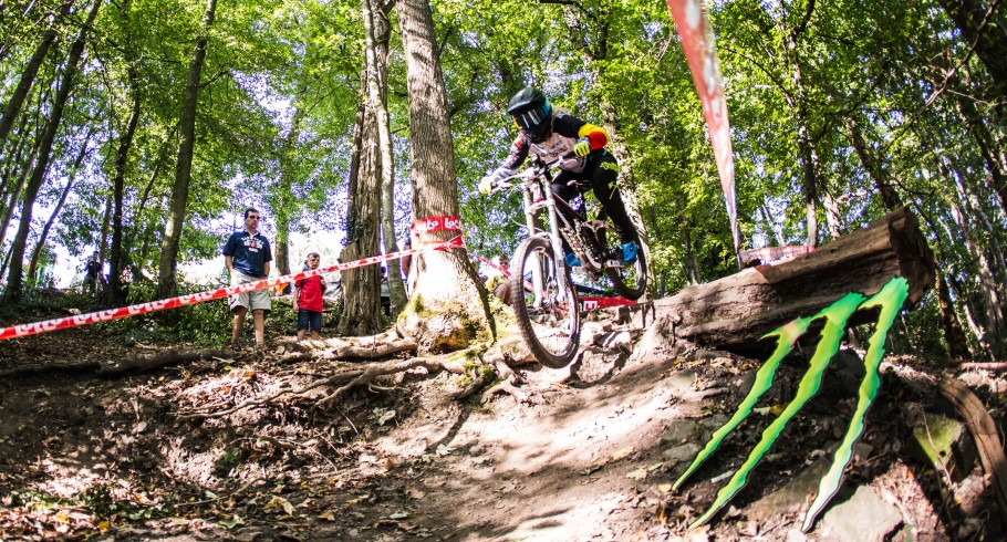 These are the pictures that were taken by Freecaster at the Belgian Downhill Cup 2017.