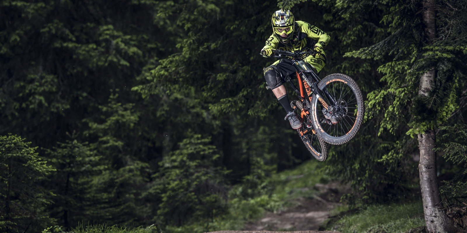 Pamporovo Bike Fest was a successful MTB event rank UCI 1 and ME ambassador Stivian Gatev was on the podium.