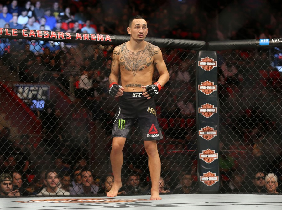 Holloway Retains Title With a TKO Win Over Jose Aldo Again