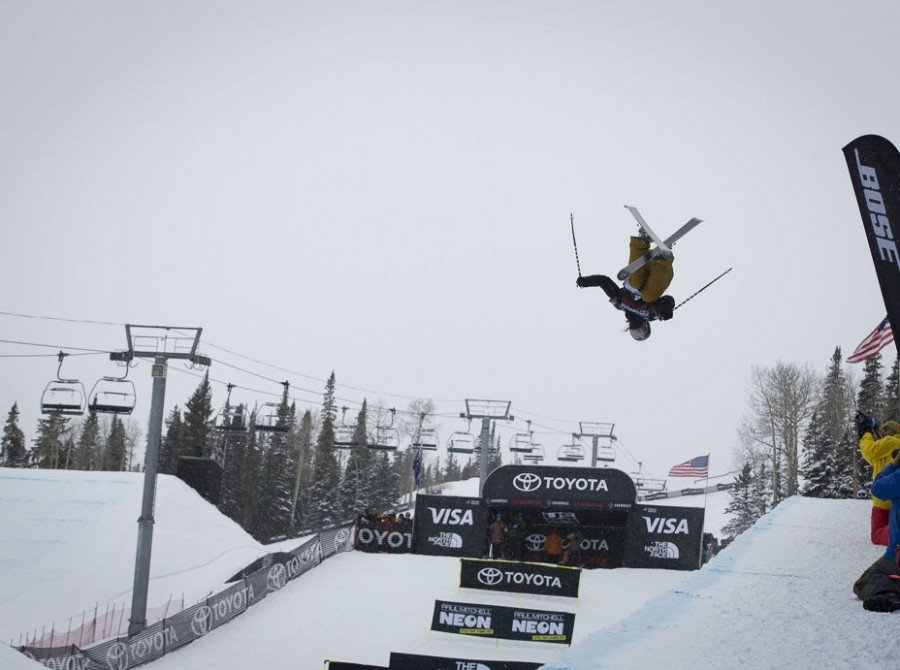 Image of the Ski Pipe Final of the Grand Prix in Aspen