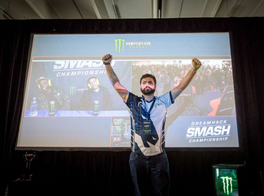 Photos of Team Liquid's fighting game players for Super Smash Brothers Melee and Street Fighter V