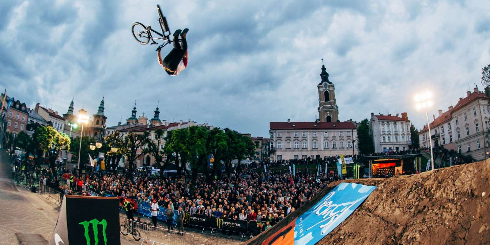 MTB dirt jumping contest action at Bike Town Przemysl 2016
