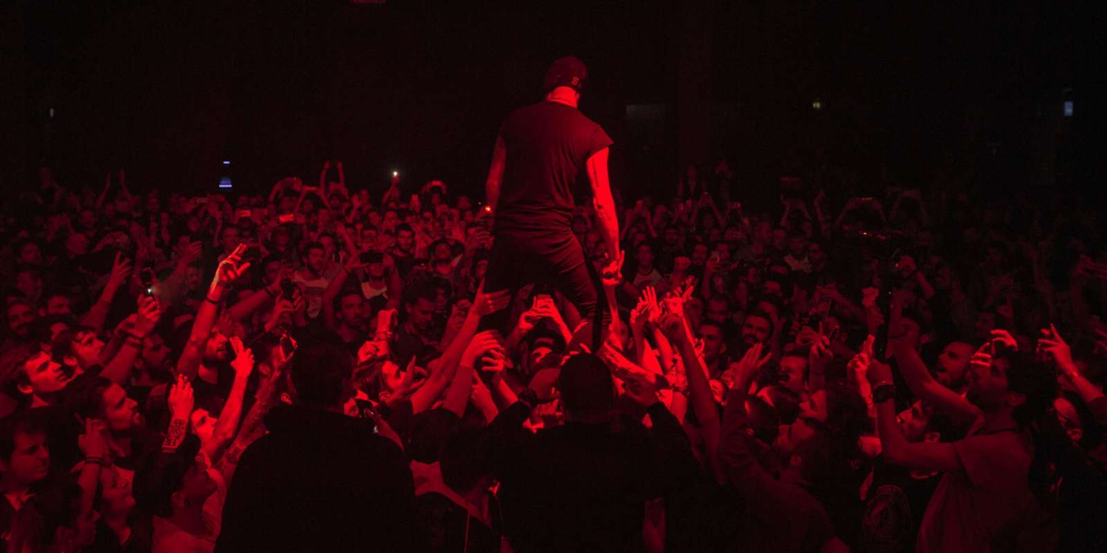 The bloody beetroots live and backstage photos