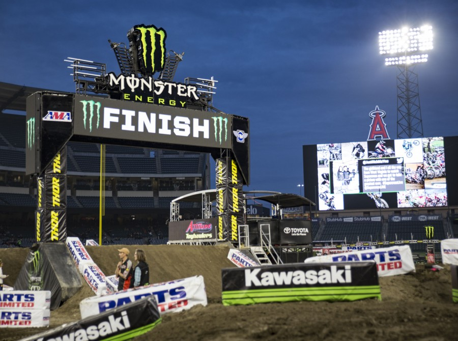First stop of the 2018 SX season at Anaheim, CA
