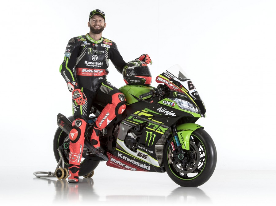 Tom Sykes at the 2018 presentation & photoshoot