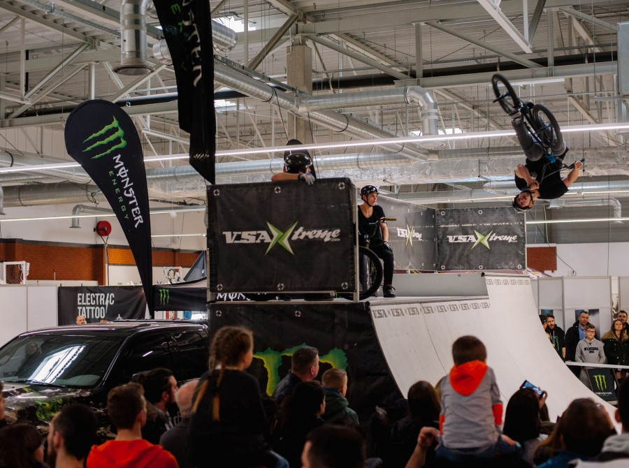Warsaw Tattoo Days 2018 - a BMX show on a ramp in the Monster Energy Zone